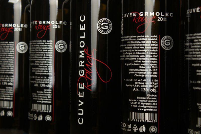 Tisk láhví pro Couveé Grmolec