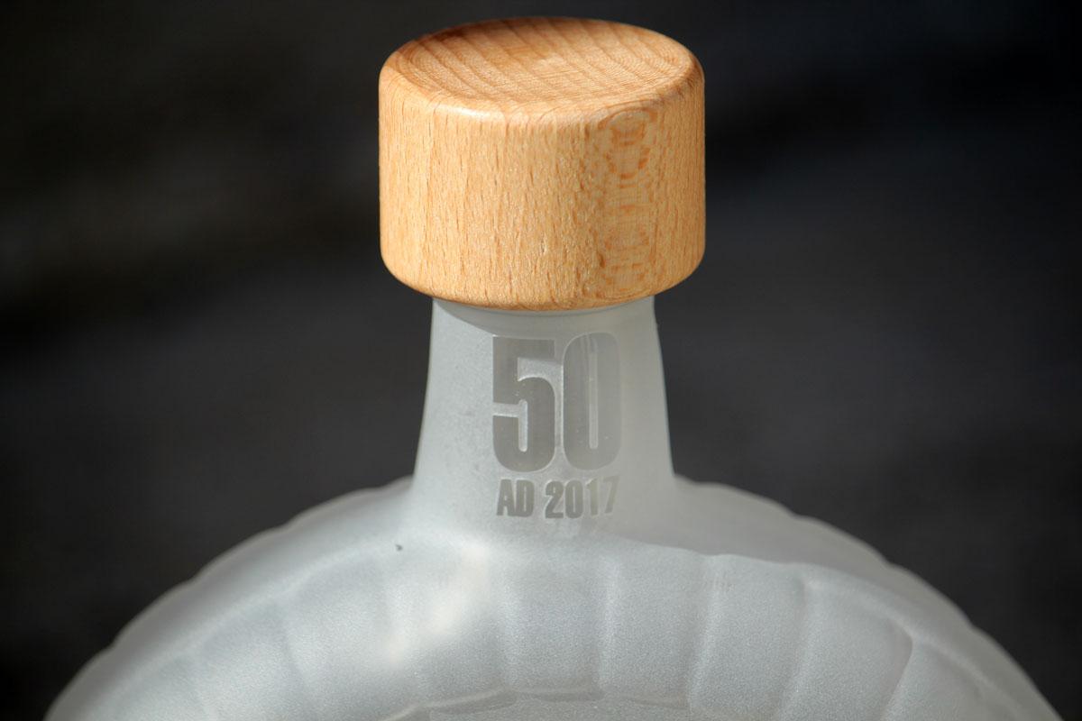 Dárková láhev s pískováním