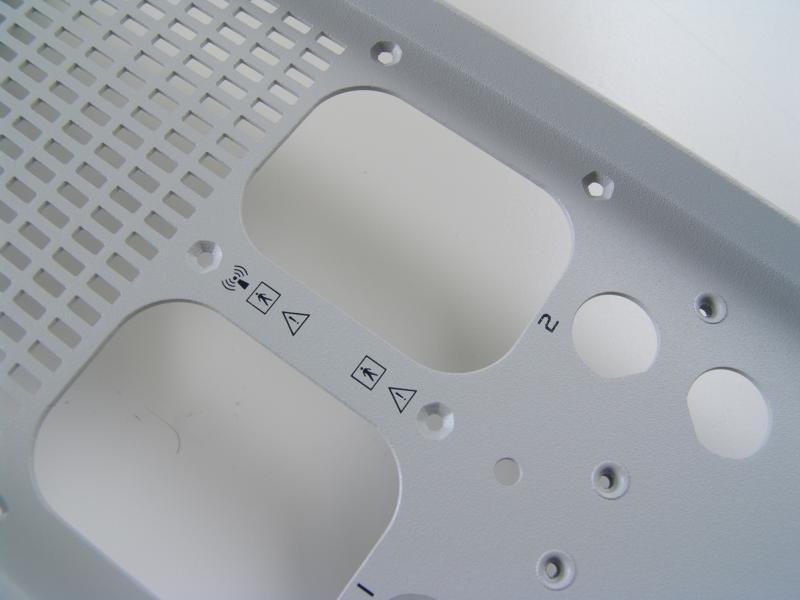 Potisk kovového krytu